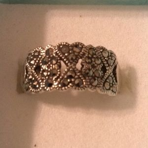 Sterling Silver Size 7 Ring With Black Stones